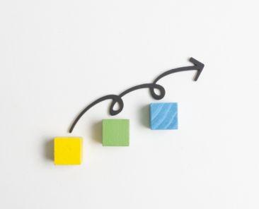 arrow-steps-cubes_23-2148445416